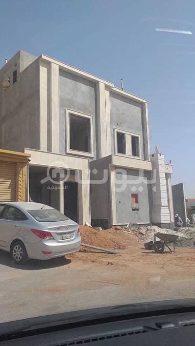 Villa for Sale in Riyadh, Riyadh Region - Internal Staircase Villa And Two Apartments For Sale In Al Nadwa District, East Riyadh,