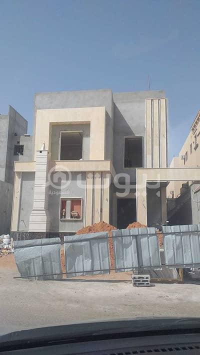 Villa for Sale in Riyadh, Riyadh Region - For Sale Villa Internal Staircase And Apartment In Al Nadwa District, East Riyadh