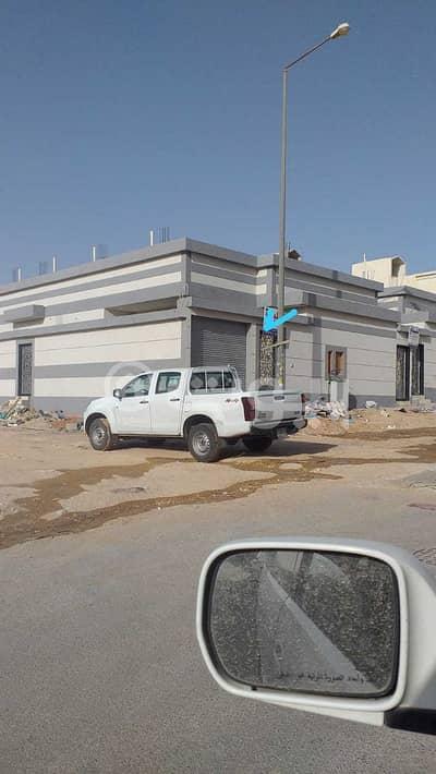 دور  للبيع في الرياض، منطقة الرياض - دور أرضي | 336م2 للبيع في حي الندوة، شرق الرياض