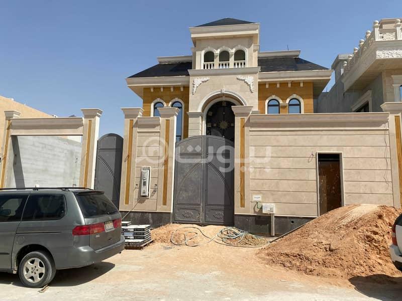 فيلا دورين للبيع مباشر بحي الملقا، شمال الرياض