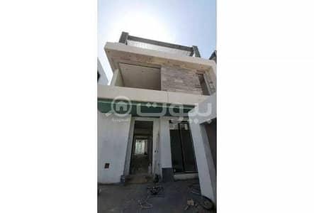 4 Bedroom Villa for Sale in Riyadh, Riyadh Region - For sale villa with elevator in Al Qamra district, north of Riyadh