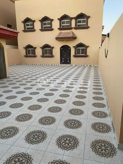 6 Bedroom Villa for Sale in Hail, Hail Region - Secluded 2 floors villa for sale in Al Yasmin, Hail