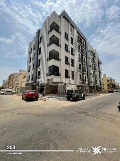 5 Bedroom Flat for Sale in Jeddah, Western Region - Apartments On Two streets For Sale In Al Salamah, North Jeddah