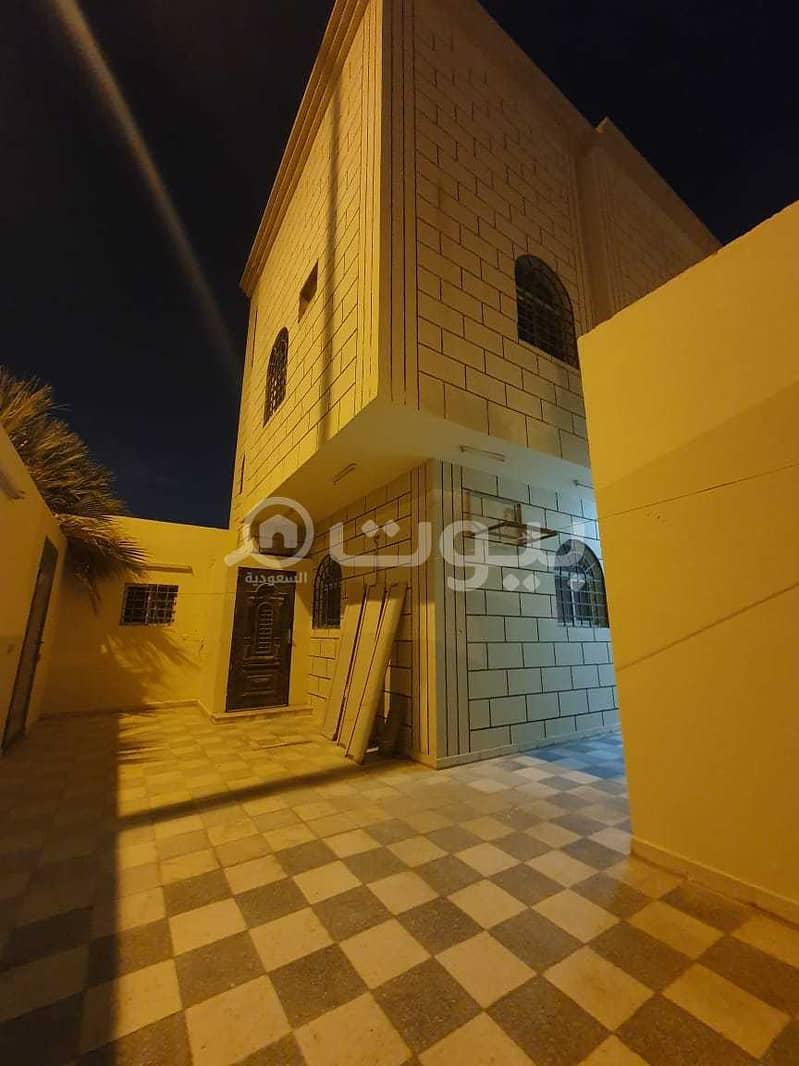 فيلا دوبلكس زاوية للبيع في العقيق، شمال الرياض