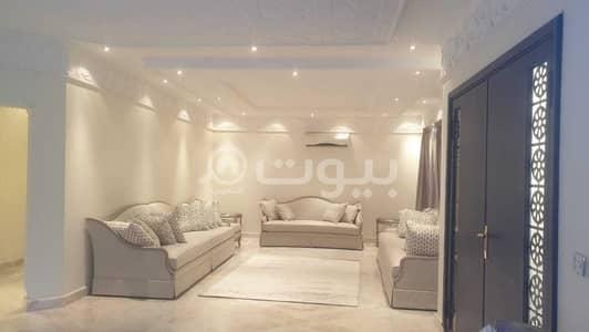 5 Bedroom Villa for Sale in Riyadh, Riyadh Region - Villa with a pool for sale in Al Yasmin District, North of Riyadh