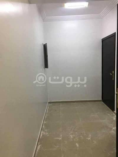 5 Bedroom Apartment for Rent in Buraydah, Al Qassim Region - Upper-Floor apartment with a shared entrance for rent in Al Rayyan, Buraydah