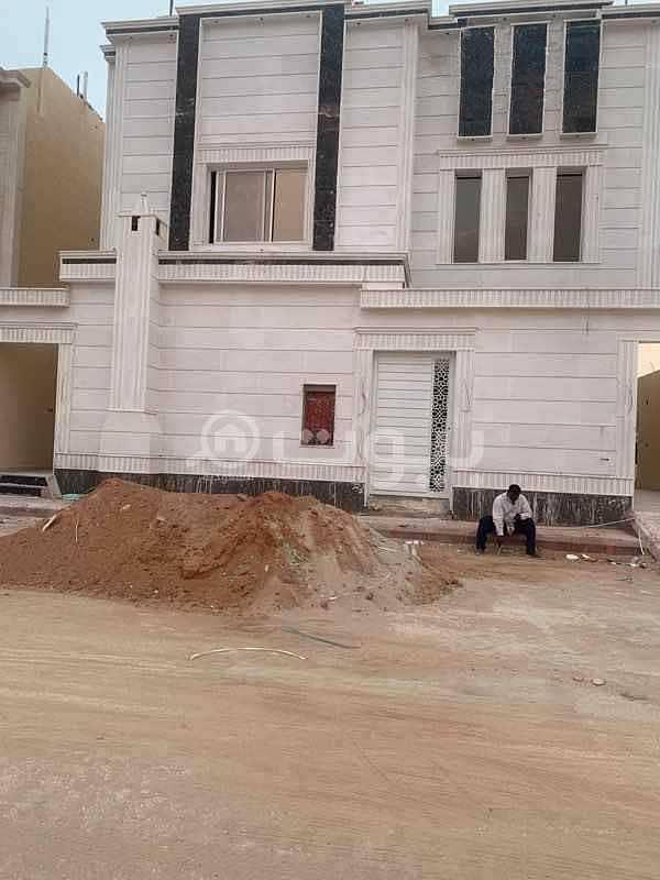 فيلا | 4 غرف للبيع في حي طويق، غرب الرياض