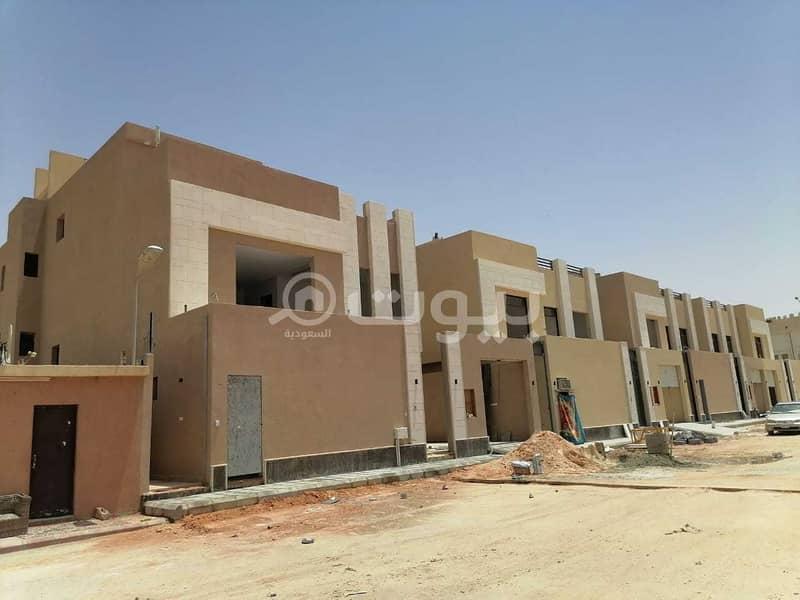 فلل درج داخلي وشقتين للبيع في المونسية، شرق الرياض