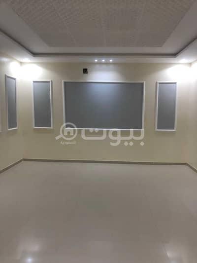 فیلا 9 غرف نوم للايجار في الرياض، منطقة الرياض - فيلا درج داخلي للإيجار في الرمال، شرق الرياض