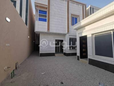 فیلا  للبيع في الرياض، منطقة الرياض - للبيع فيلا درج صالة في حي الغروب، طويق، غرب الرياض