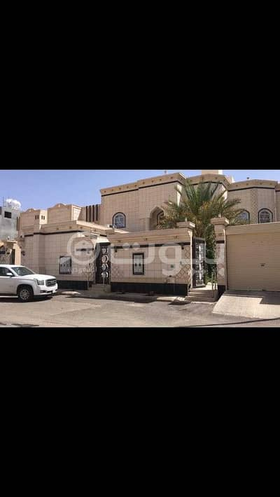 11 Bedroom Villa for Sale in Hail, Hail Region - Villa with 3 apartments for sale in Al Shefaa, Hail