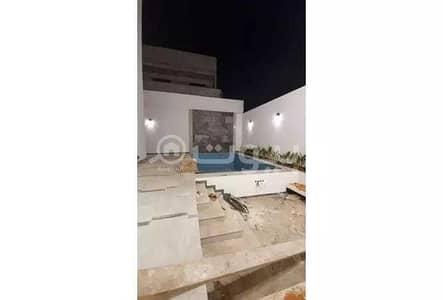 فیلا 5 غرف نوم للبيع في الرياض، منطقة الرياض - للبيع فيلا تشطيب راقي بحي الملقا، شمال الرياض   مع مسبح