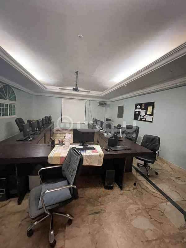 Villa   with installed AC for rent in Al Nahdah, North of Jeddah