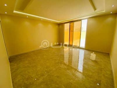 4 Bedroom Villa for Sale in Buraydah, Al Qassim Region - Duplex villa with internal stairs Al Rimal Al Babtain District, East Riyadh