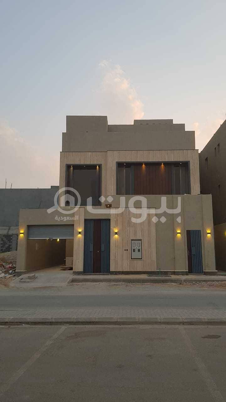 فيلا درج داخلي وشقة في اليرموك، شرق الرياض