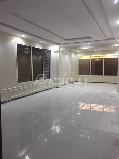 فیلا 4 غرف نوم للبيع في الرياض، منطقة الرياض - فيلا مع شقتين للبيع في حي الرمال، شرق الرياض