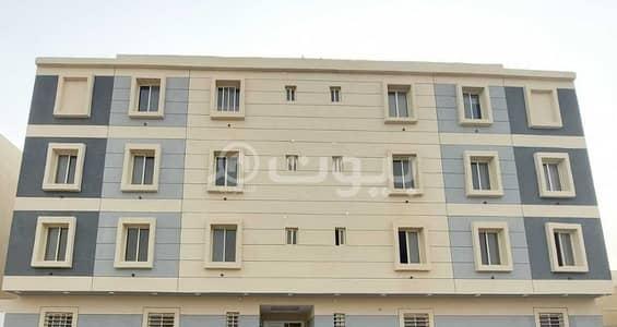 شقة 4 غرف نوم للبيع في الرياض، منطقة الرياض - شقة فاخرة نظام دورين مع سطح للبيع في العوالي، غرب الرياض