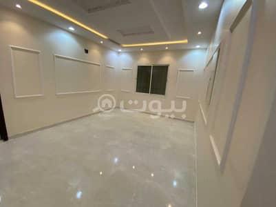 دور 3 غرف نوم للبيع في الرياض، منطقة الرياض - دور   420م2 للبيع في حي بدر، جنوب الرياض