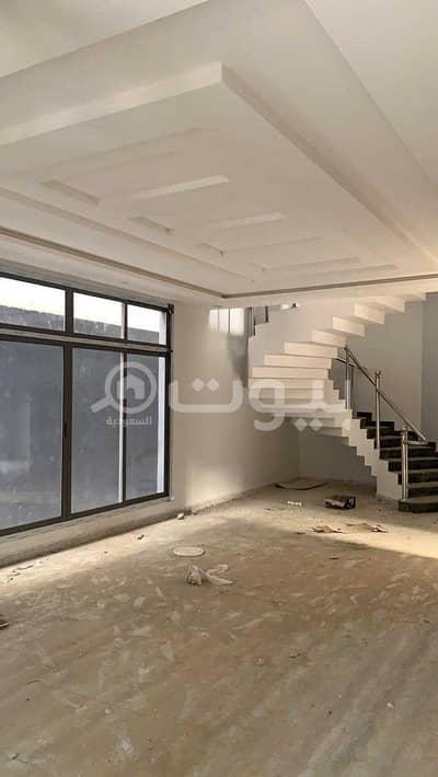 6 Bedroom Villa for Sale in Riyadh, Riyadh Region - For sale villa in Al-Mousa, west of Riyadh | roof and 2 apartments