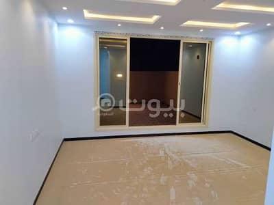 6 Bedroom Villa for Rent in Riyadh, Riyadh Region - سنوي بحي الرمال شارع عبدالله المويس