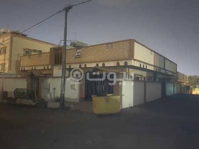 دور 6 غرف نوم للايجار في خميس مشيط، منطقة عسير - دور مكون من شقتين للإيجار في أم سرار، خميس مشيط