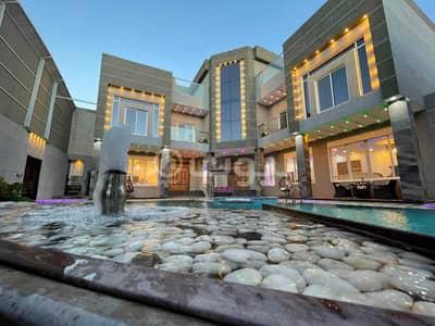 فیلا 10 غرف نوم للبيع في جدة، المنطقة الغربية - للبيع فيلا شبه جديدة نظام قصر في الصالحية، شمال جدة
