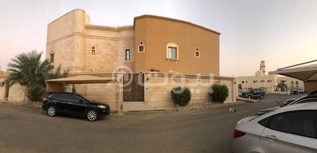 9 Bedroom Villa for Sale in Jeddah, Western Region - For sale villa in Obhur Al Janoubiyah, North Jeddah