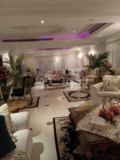 4 Bedroom Villa for Sale in Riyadh, Riyadh Region - Villa for sale with an apartment in Al Sulimaniyah, North of Riyadh