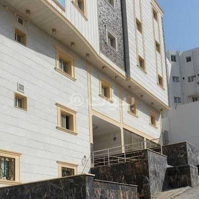 5 Bedroom Commercial Building for Sale in Makkah, Western Region - Commercial building for sale in Al-Qazzaz scheme Al-Nuzhah Makkah