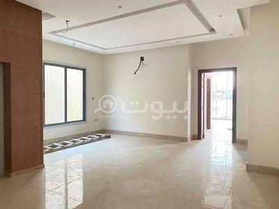 فیلا 5 غرف نوم للبيع في الرياض، منطقة الرياض - فيلا دورين مع مسبح للبيع بحي الملقا، شمال الرياض