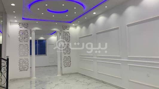 5 Bedroom Villa for Sale in Riyadh, Riyadh Region - Villa staircase distinctive hall for sale in Al Ghroob Neighborhood, west of Riyadh   350 sqm