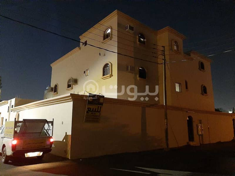 1-Floor Villa and 2 apartments for sale in Al Naqrah, Hail