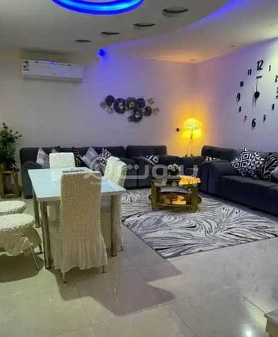 6 Bedroom Apartment for Sale in Jeddah, Western Region - Spacious apartment   Completely renovated for sale in Al Safa, North of Jeddah
