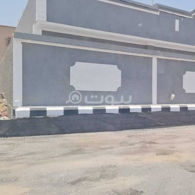 6 Bedroom Floor for Sale in Jeddah, Western Region - Floor | 400 SQM | with a roof for sale in Al Qryniah, South of Jeddah