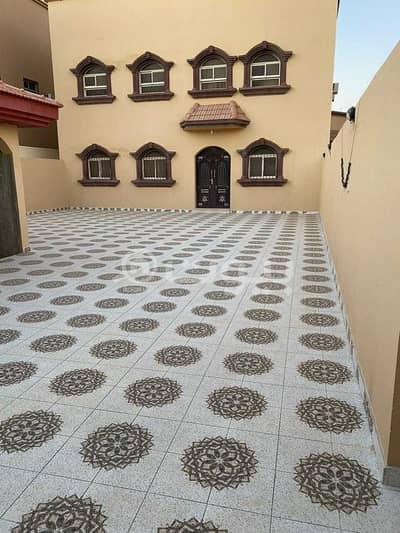 4 Bedroom Villa for Sale in Hail, Hail Region - Separated 2 storeys villa for sale in Al Yasmin neighborhood, Hail