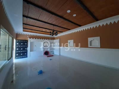 4 Bedroom Floor for Sale in Hail, Hail Region - Floor for sale in Al-Yasmin district, Hail