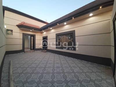 4 Bedroom Floor for Sale in Hail, Hail Region - Luxurious floor for sale in Allaqitah, Hail