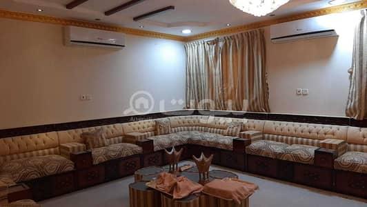 فیلا 8 غرف نوم للبيع في حائل، منطقة حائل - فيلا دور وشقتين للبيع بحي ضاحية الملك فهد، حائل