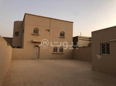 8 Bedroom Villa for Sale in Hail, Hail Region - Villa floor and two duplex apartments for sale in Al Yasmin, Hail