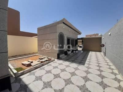 4 Bedroom Villa for Sale in Hail, Hail Region - Two duplex villas for sale in Al Yasmin, Hail