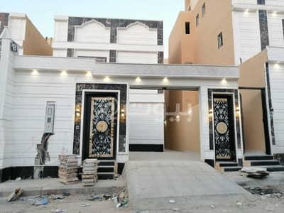 5 Bedroom Villa for Sale in Riyadh, Riyadh Region - Luxurious staircase duplex villa for sale in Taybah, South Riyadh