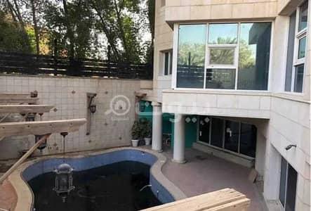 4 Bedroom Villa for Sale in Riyadh, Riyadh Region - For sale a custom building villa in Al Wurud district, north of Riyadh