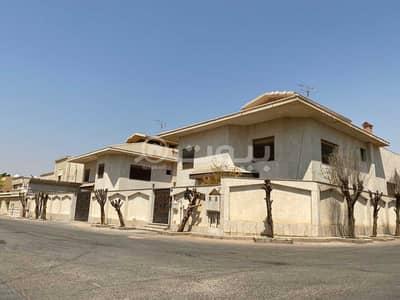 5 Bedroom Villa for Sale in Riyadh, Riyadh Region - For sale villa in Al-Masif district, north of Riyadh
