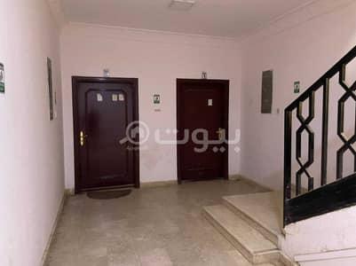Commercial Building for Sale in Riyadh, Riyadh Region - Commercial building for sale in Al-Aqiq district, north of Riyadh