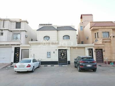 3 Bedroom Villa for Sale in Riyadh, Riyadh Region - Villa Floor And Floor Apartment For Sale In Al Yarmuk, East Riyadh