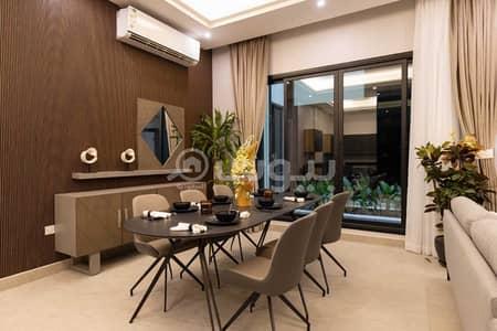 4 Bedroom Apartment for Sale in Riyadh, Riyadh Region - Luxurious apartment for sale in Makeen 27 in Al-Yasmin district, north of Riyadh | 267 sqm
