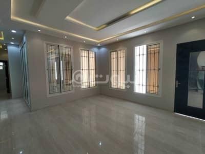 Villa for Sale in Riyadh, Riyadh Region - For sale villa | staircase hall and 2 apartments in Al Qadisiyah neighborhood, east of Riyadh