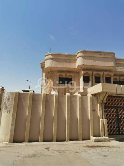عمارة سكنية 6 غرف نوم للبيع في بريدة، منطقة القصيم - عمارة سكنية دورين للبيع بحي الروضة بريدة