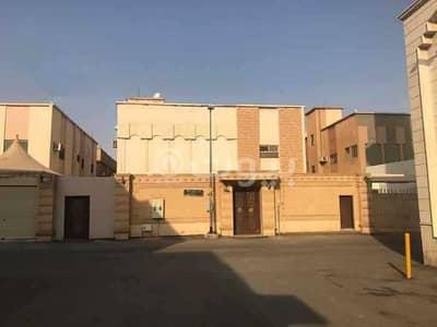 5 Bedroom Villa for Sale in Riyadh, Riyadh Region - Old villa on two floors in Al Rabwah, Central Riyadh