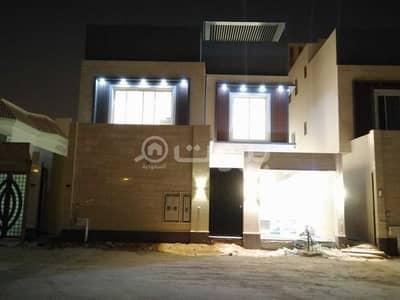 Villa for Sale in Riyadh, Riyadh Region - Internal Staircase Villa And Two Apartments For Sale In Qurtubah, East Riyadh